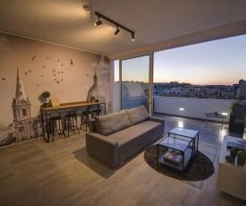 Sliema tastefully furnished penthouse on 4th floor