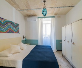 1BR Novelty house close to Valletta